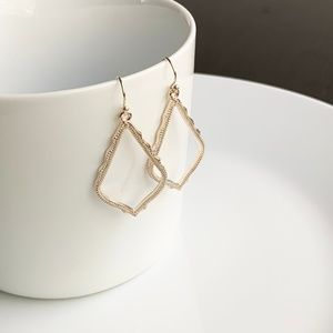 Jewelry - NEW Small Frame Earrings (rose gold)
